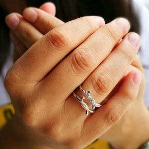 anillo nudos dubái